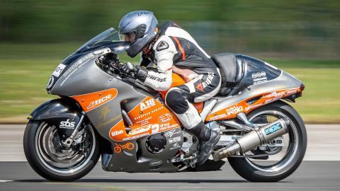 femenino mujer velocidad 650cv motos deportivas