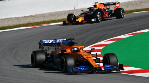 Carlos Sainz y Red Bull en los test de F1