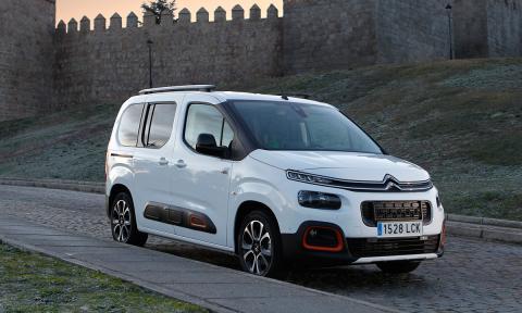 Citroën Berlingo o Ford Transit Connect de segunda mano, ¿Cuál es más barata?