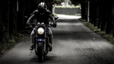 como-arrancar moto-despues-confinamiento-evitar-averias
