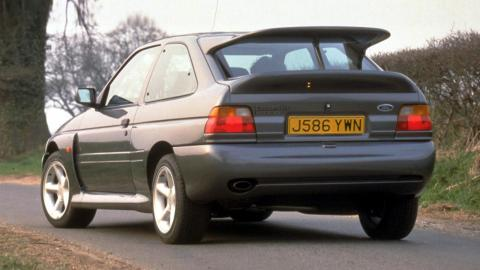 ford-escort-cosworth
