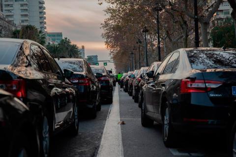 Prohíben manifestaciones en coche