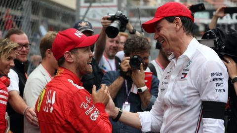 Vettel y Wolff