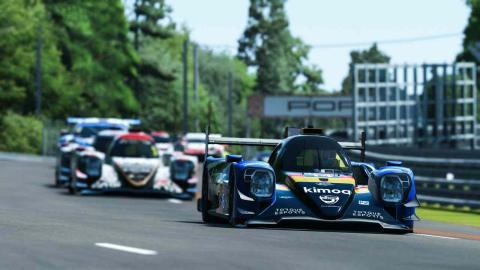 Alonso en las 24 Horas de Le Mans Virtual