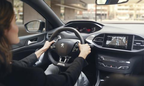 El i-Cockpit digital del nuevo Peugeot 308