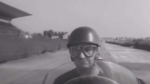 Onboard de Fangio en Módena