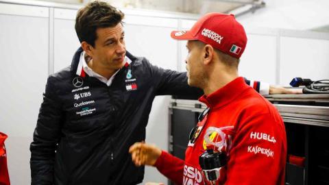 Sebastian Vettel y Toto Wolff