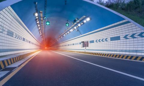 La DGT alerta de los peligros del efecto túnel