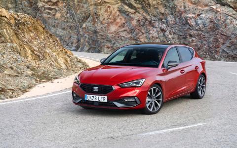 Seat Leon Opel Astra equipados