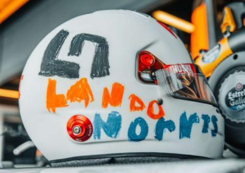 Casco Lando Norris GP Gran Bretaña