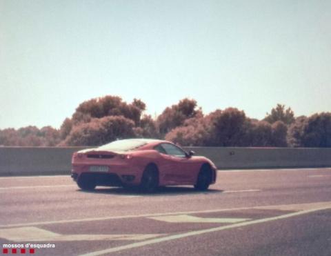 Cazada Ferrari