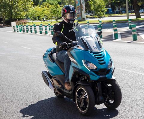Prueba Peugeot Metropolis 400 2021