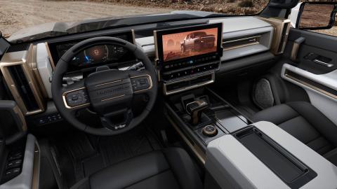 gmc-hummer-ev_cockpit