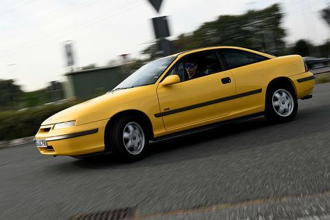 Opel Calibra 30 años