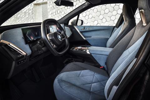 BMW iX asientos