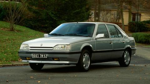 Historia Renault 25