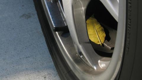 mantener coche medio gas