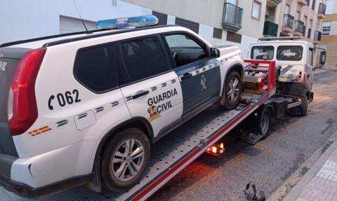 Denuncia mal estado coches de la guardia Civil