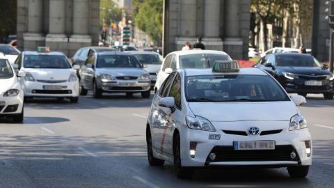 Los taxis de Madrid adoptan las mismas reglas de juego que los VTC