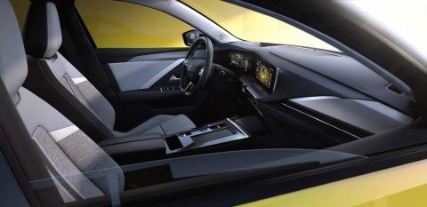 Opel Astra interior