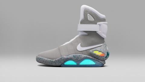 Empuje hacia abajo Zapatos antideslizantes objetivo  Llegan las Nike de Michael J. Fox en 'Regreso al Futuro' -- Autobild.es