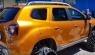Un Dacia Duster con orugas