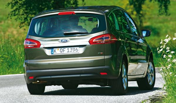 Ford S-Max 2.0 TDCI trasera