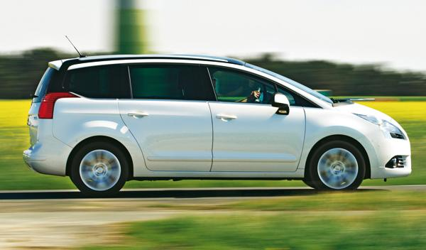 Peugeot 5008 2.0 HDi lateral