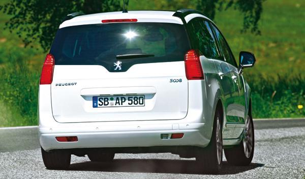 Peugeot 5008 2.0 HDi trasera