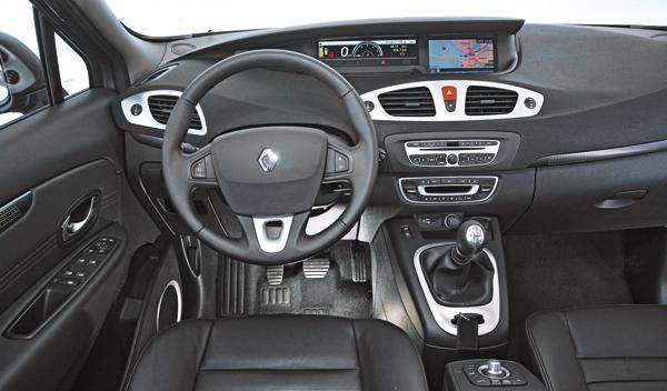 Renault Grand Scénic 2.0 dCi salpicadero