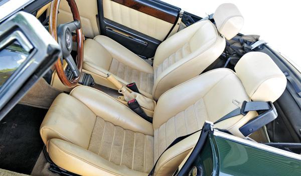 Alfa Spider asientos
