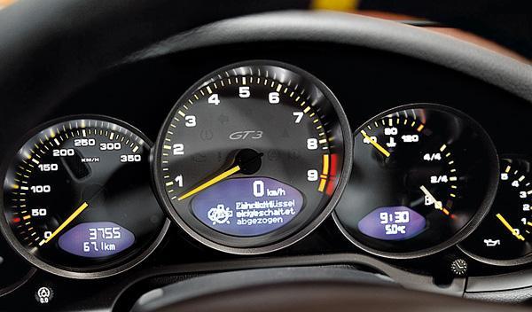 Porsche 911 GT3 RS relojes