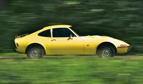 Opel GT lateral
