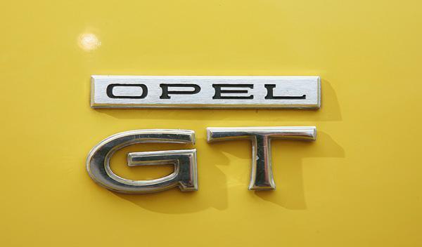 Opel GT logo