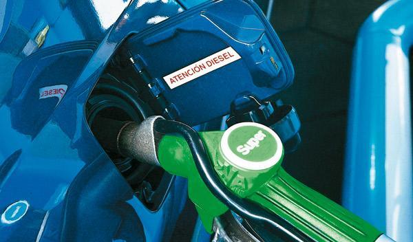 Fotos: La gasolina más barata de la costa