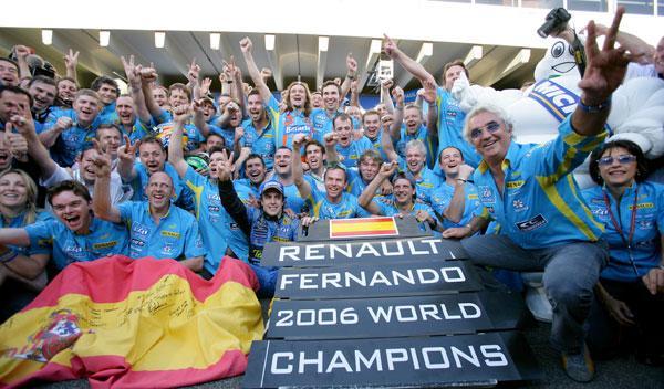 Fotos: Lo nunca oído: escucha cómo vivió Fernando Alonso su bicampeonato