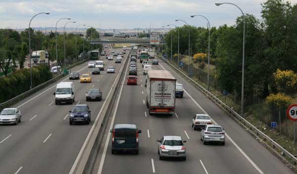 Radares multan 135 km/h