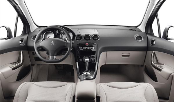 Peugeot-308-interior