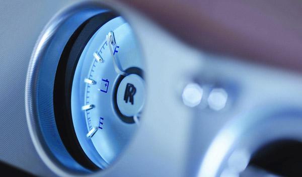 Rolls Royce 102 EX interior batería eléctrica