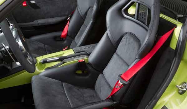 Porsche Cayman R interior baquets peso