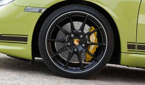 Porsche Cayman R llantas de 19 pulgadas