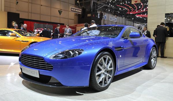 Aston Martin V8 Vantage S Salón de Ginebra 2011