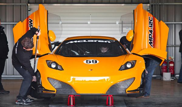 McLaren MP4-12C GT3 frontal
