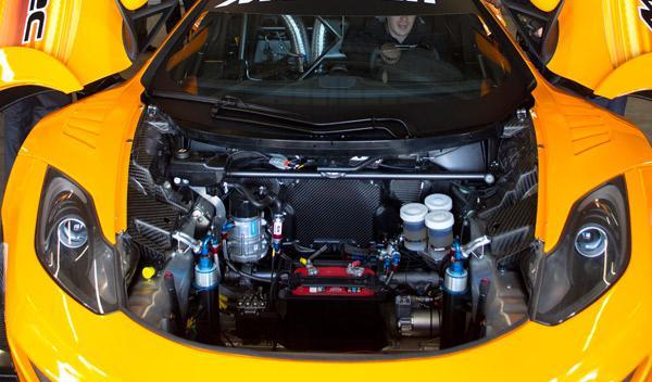 McLaren MP4-12C GT3 motor