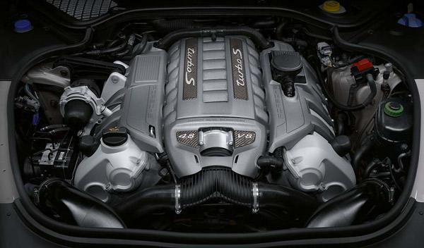 Porsche Panamera Turbo S motor