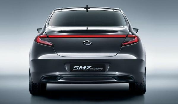 renault-samsung-sm7-concept-trasera