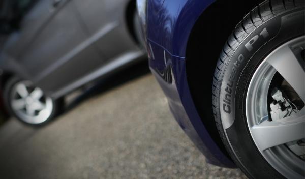 Pirelli Cinturato P1 montado.