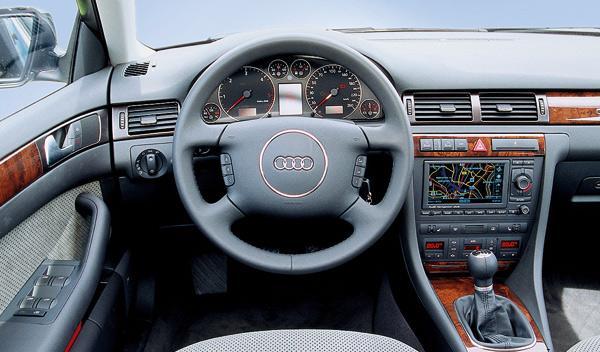 SUV Audi Allroad segunda mano todoterreno interior