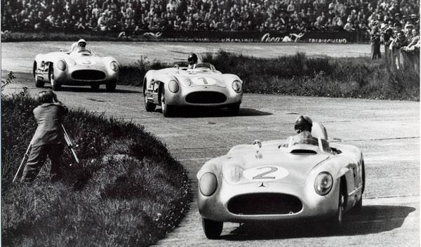 Stirling Moss en la Mille Miglia de 1955