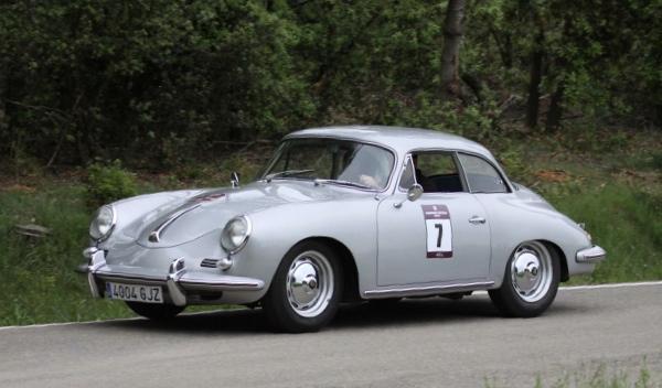 El ganador del II Critèrium Llafranc fue este Porsche 356B Notchback